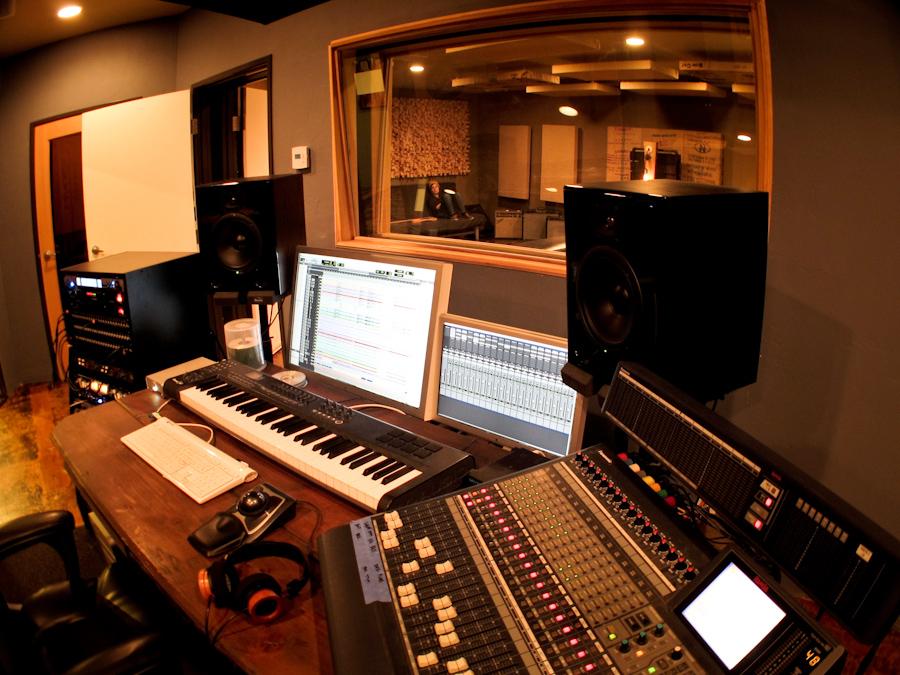 Photos citizen recording san diego recording studio for Recording studio live room design