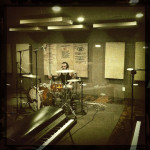 dallas-mauricio-recording-drums