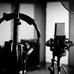 mic-headphones-silhouette-bw